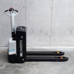 Professional pallet truck