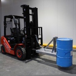 Drum clamp for forklift