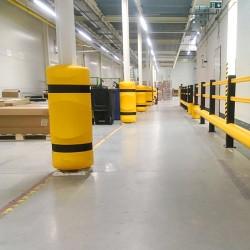 Protezione dei pilastri nel magazzino