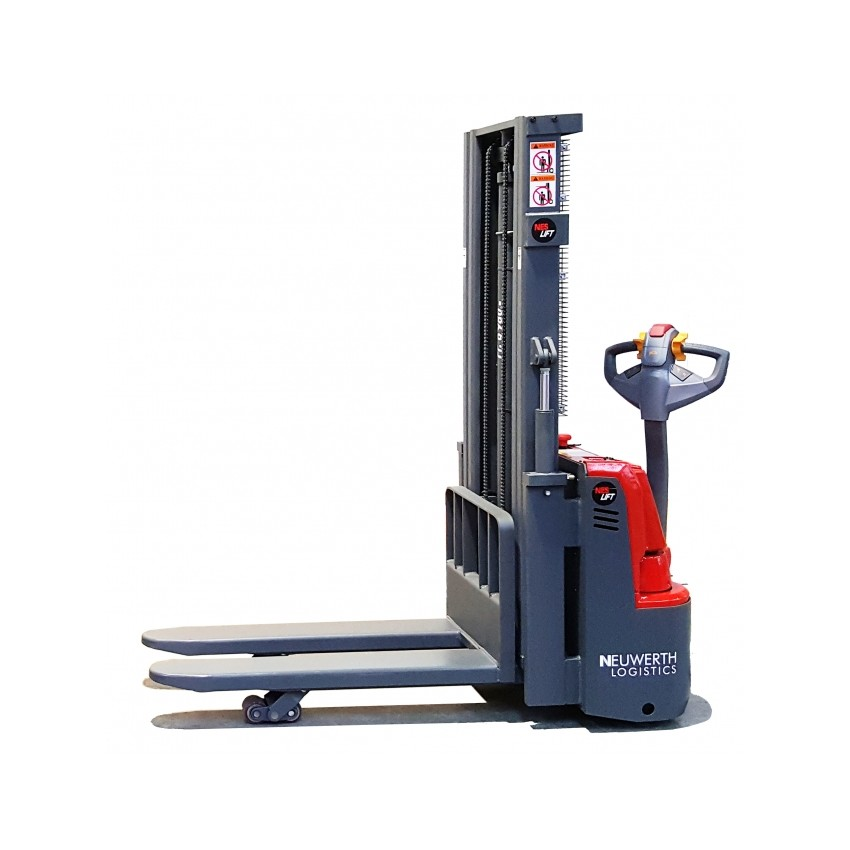 Stacker with initial lift