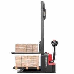 Double pallet stacker